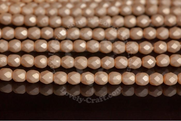 Купить бусины Fire Polished 4 мм Round Pearls цвет Cream Matte (#70440M) в интернет-магазине «Любимое Творчество»
